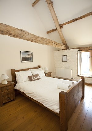 Brynich Hayloft Bedroom - Photo: Nanette Hepburn